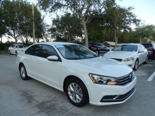 Certified Pre-Owned 2018 Volkswagen Passat S / 2.0T with Driver Assistance Package & Automatic Transmission