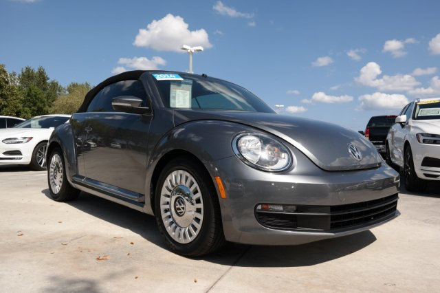 Certified Pre-Owned 2014 Volkswagen Beetle Convertible 1.8T with Automatic Transmission