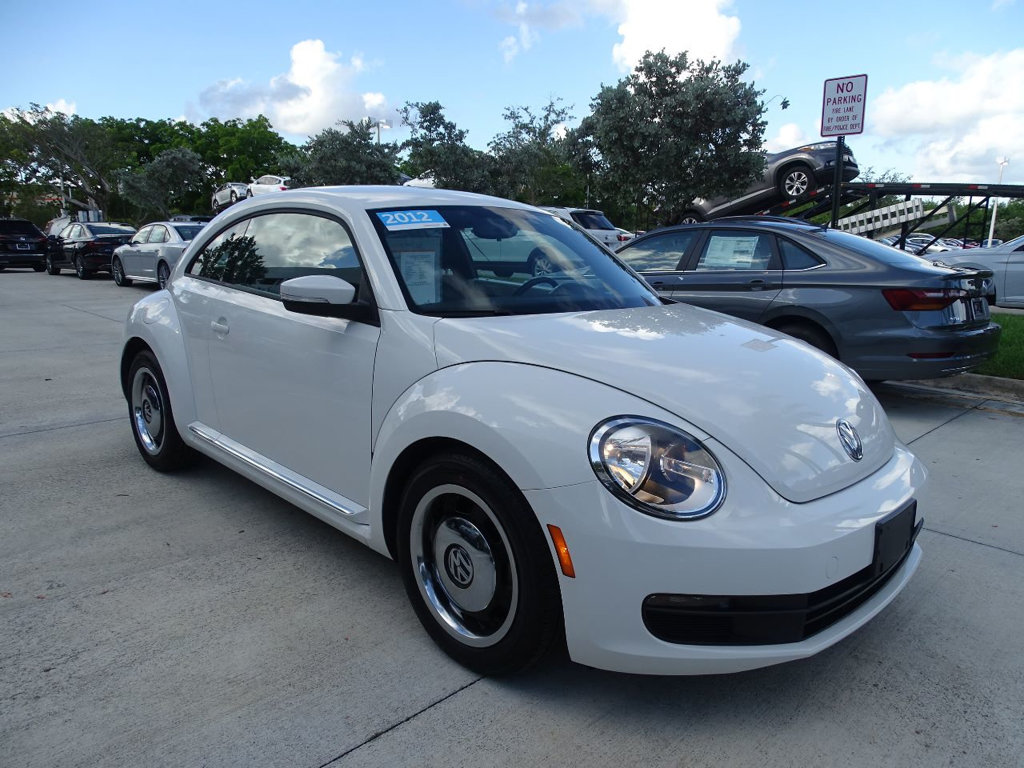 Certified Pre-Owned 2012 Volkswagen Beetle 2.5 Coupe with Automatic Transmission