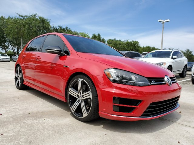 Certified Pre-Owned 2015 Volkswagen Golf R w/ Dynamic Chassis Control & Navigation