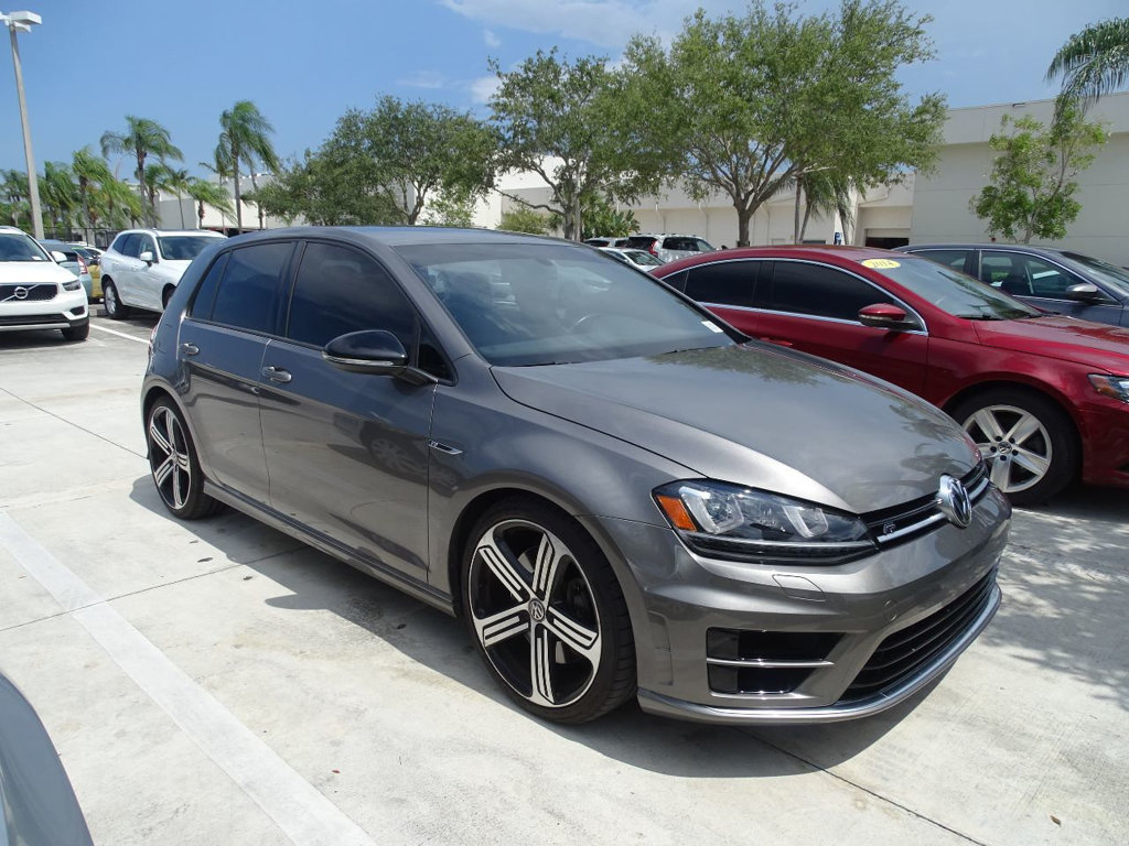 Certified Pre-Owned 2016 Volkswagen Golf R AWD with DCC / Navigation / 6 Speed Manual / 4 Doors /