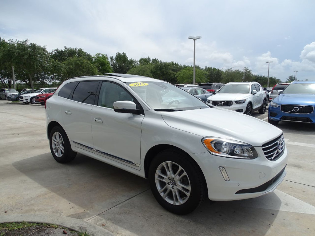 Pre-Owned 2015 Volvo XC60 T5 Drive-E Premier with BLIS