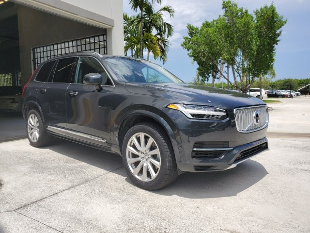 Pre-Owned 2017 Volvo XC90 T8 Inscription Plug-In Hybrid 7-Passenger