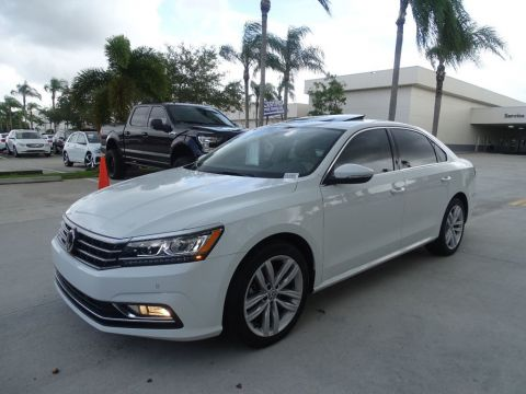 Certified Pre-Owned 2018 Volkswagen Passat 2.0T SE w/Technology & Lighting Packages