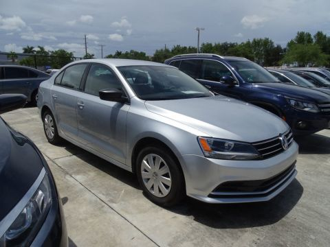 Certified Pre-Owned 2016 Volkswagen Jetta Sedan 1.4T S with Automatic Transmission