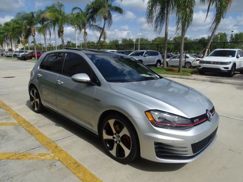 Certified Pre-Owned 2015 Volkswagen GTI SE with Front Assist/ Lighting Pkg./ 6 Speed DSG Auto. / 4door /