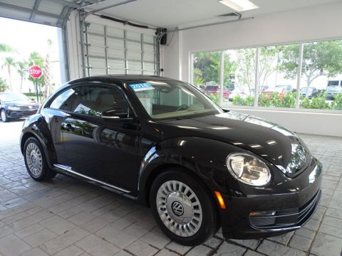 Certified Pre-Owned 2016 Volkswagen Beetle Coupe SE with Automatic Transmission