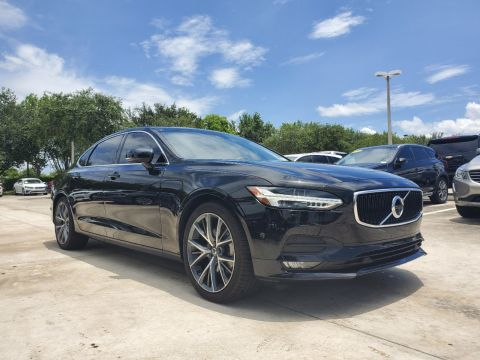 Pre-Owned 2018 Volvo S90 T5 Momentum Plus w/ Convenience pkg.
