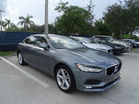 Pre-Owned 2018 Volvo S90 T5 AWD Momentum Plus with Convenience Package