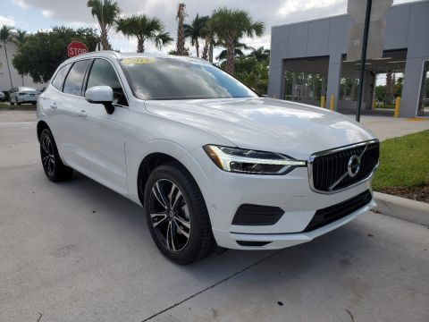 Pre-Owned 2019 Volvo XC60 T5 Momentum w/Premium Package