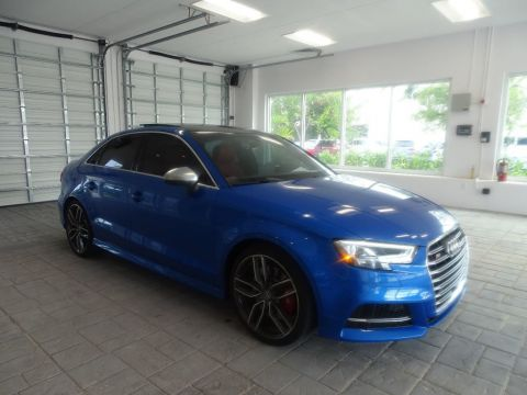 Pre-Owned 2018 Audi S3 Quattro / Premium Plus