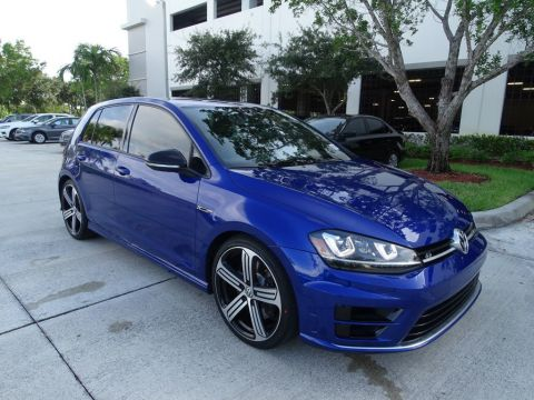 Certified Pre-Owned 2015 Volkswagen Golf R AWD with DCC / Navigation / DSG / 4 Doors /