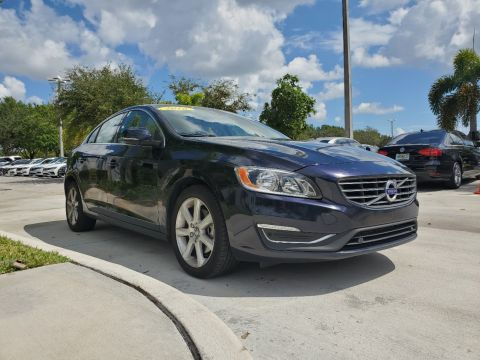 Pre-Owned 2016 Volvo S60 T5 Premier FWD w/ Convenience Package